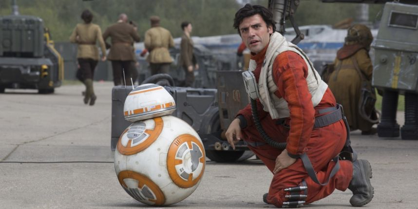poe-bb8-crouch